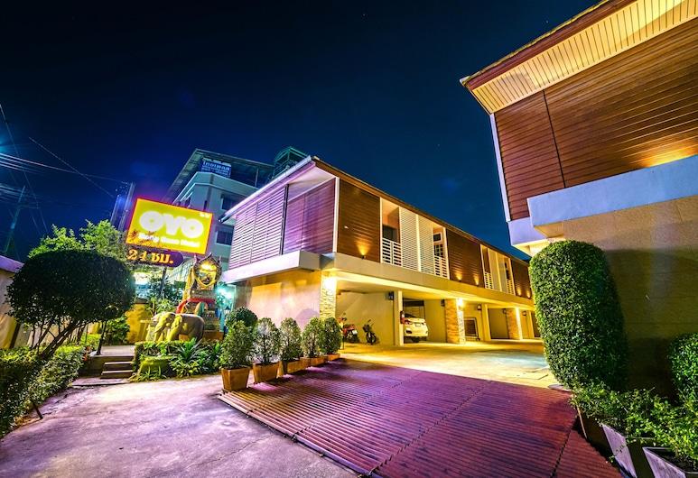 OYO 502 Bangsean Hotel, צ'ונבורי