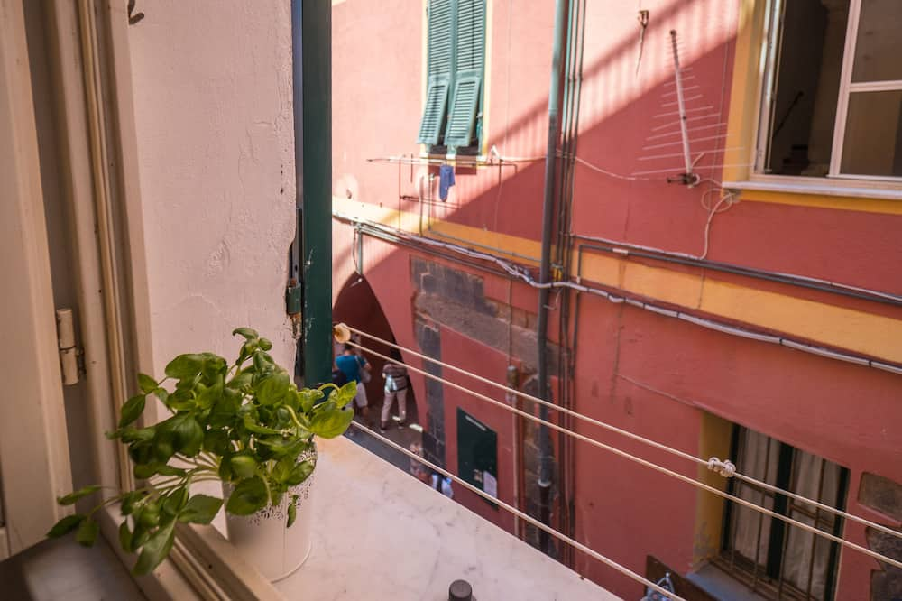 Economy Apartment, 2 Bedrooms, Partial Sea View - City View
