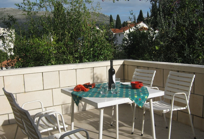 Apartments And Rooms Artemida, Dubrovnik, Apartment, 2 Bedrooms, Terrace, City View, Terrace/Patio