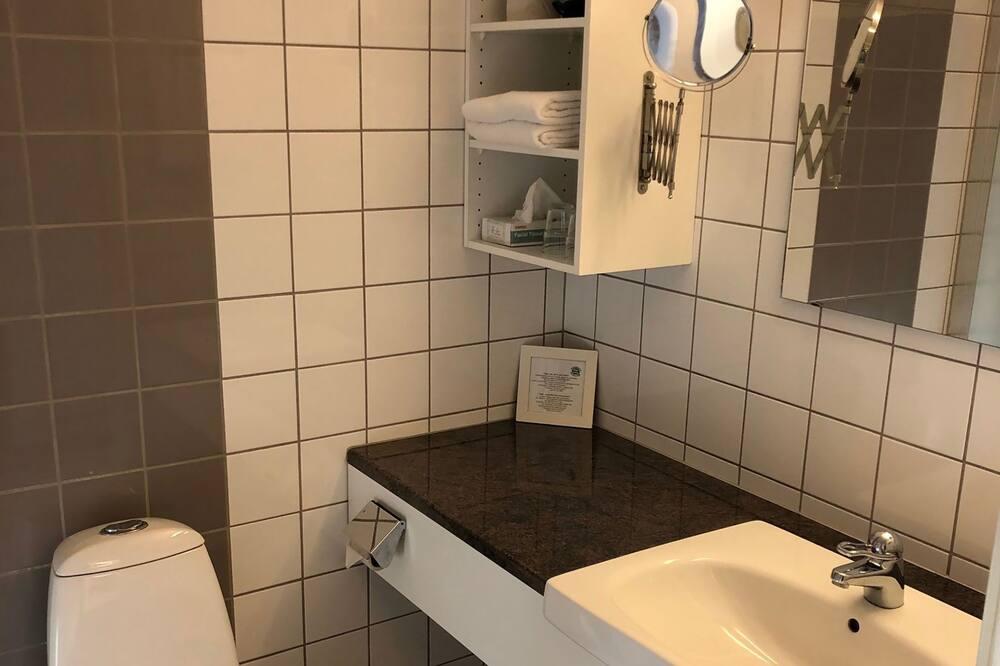 Двухместный номер с 1 или 2 кроватями, терраса (A) - Ванная комната