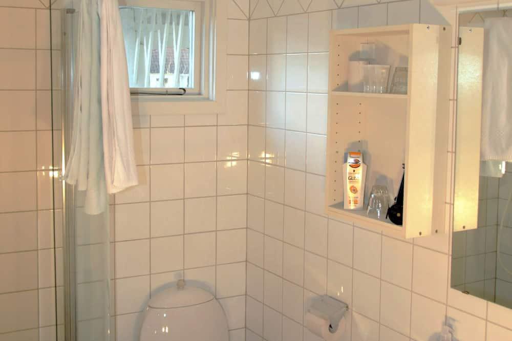 Семейный номер (B) - Ванная комната