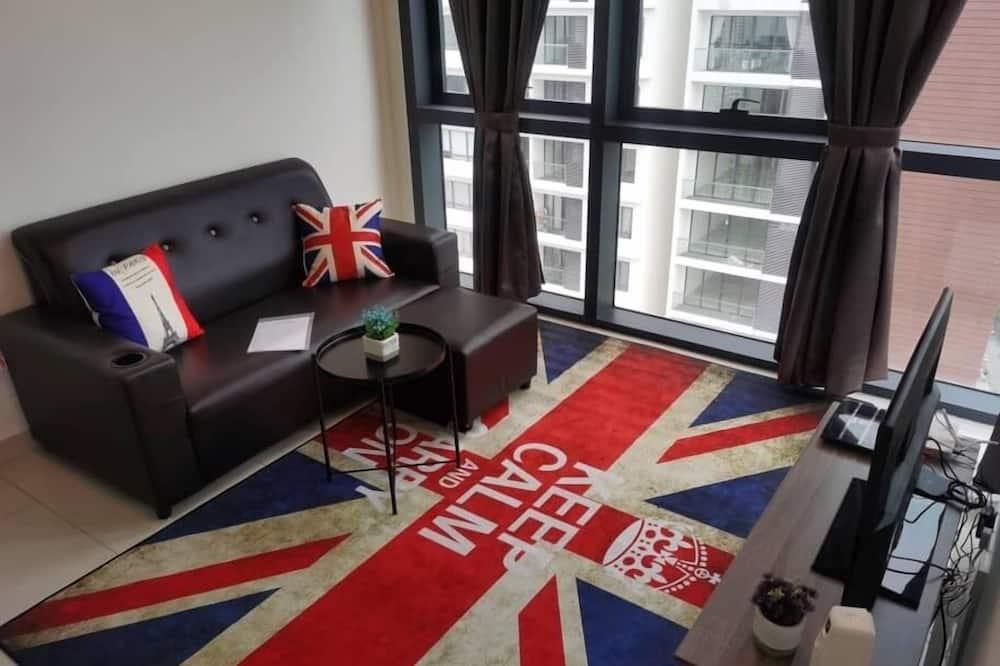 Exclusive Duplex, 2 Bedrooms, Non Smoking, City View - Living Room