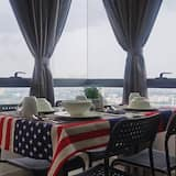Exclusive Duplex, 2 Bedrooms, Non Smoking, City View - In-Room Dining