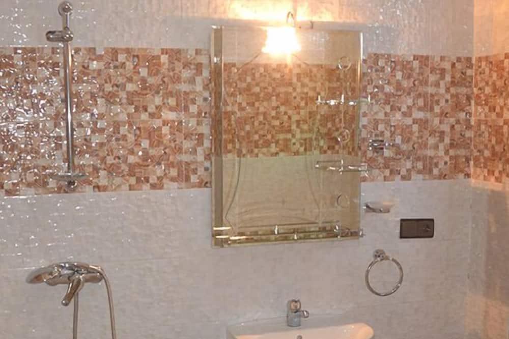 Classic Δίκλινο Δωμάτιο (Double ή Twin) - Νιπτήρας μπάνιου