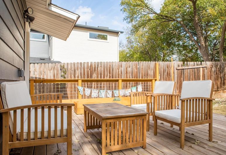 WanderJaunt Sendero 3BR on East MLK, Austin, Comfort House, 3 Bedrooms, Terrace/Patio