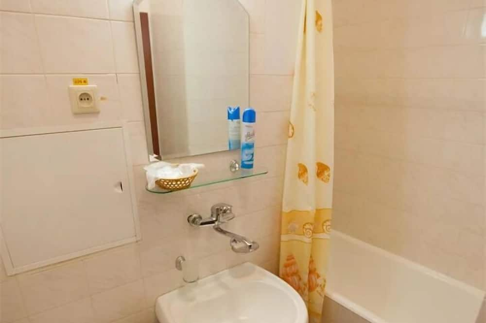 חדר דה-לוקס זוגי או טווין - חדר רחצה