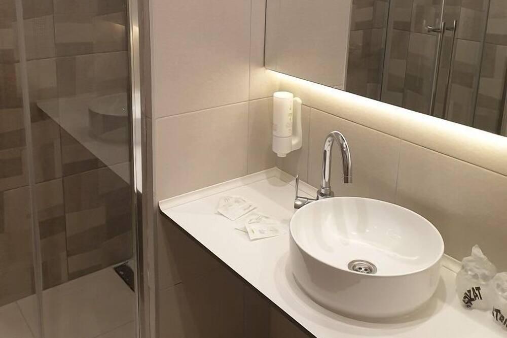 슈피리어 트리플룸 - 욕실