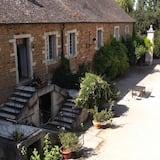 Domaine De Nesvres
