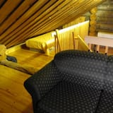 Apartment, 3 Bedrooms, Sauna - Living Area