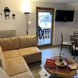 شقة بتصميم مميز - غرفة معيشة