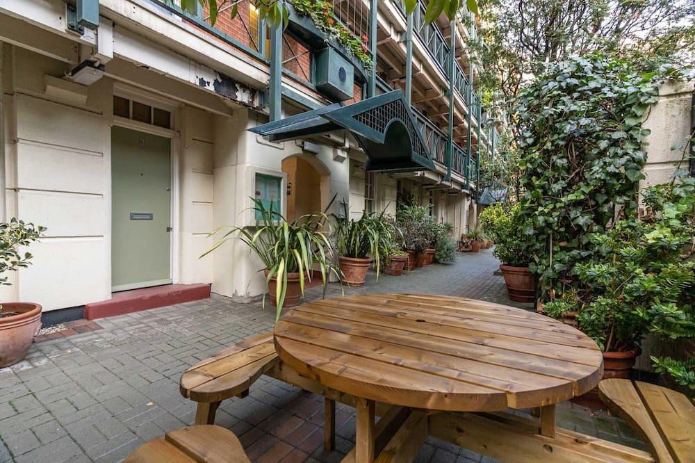 Design Apartment (2 Bedrooms) - Balcony