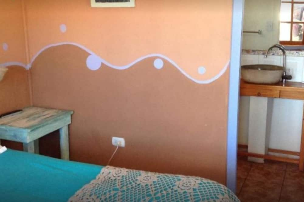 Exclusive Double or Twin Room, 1 Double Bed - Bathroom Sink