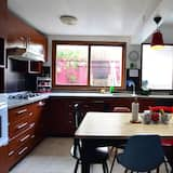 Basic Shared Dormitory, Women only, Shared Bathroom - Shared kitchen