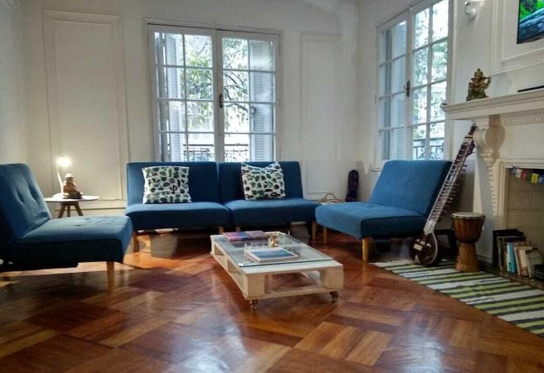 Yogi Hostels, Santiago, Siddeområde i lobby