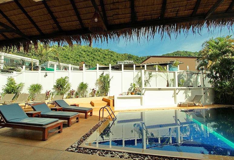 Karon Beach Pool Hotel, Karon, Terrace/Patio