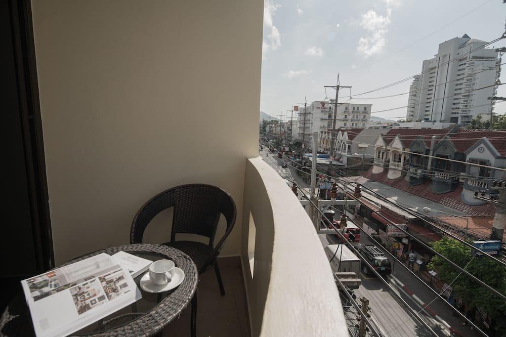 Deluxe Double Room with Balcony - Uitzicht vanaf balkon