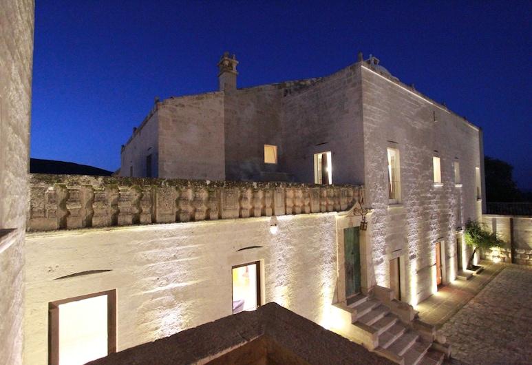 Calderoni Martini Suite, Altamura, Hotel Front – Evening/Night