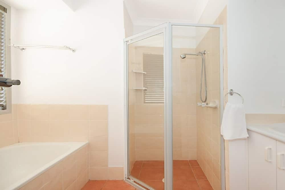 Huis, 4 slaapkamers - Badkamer