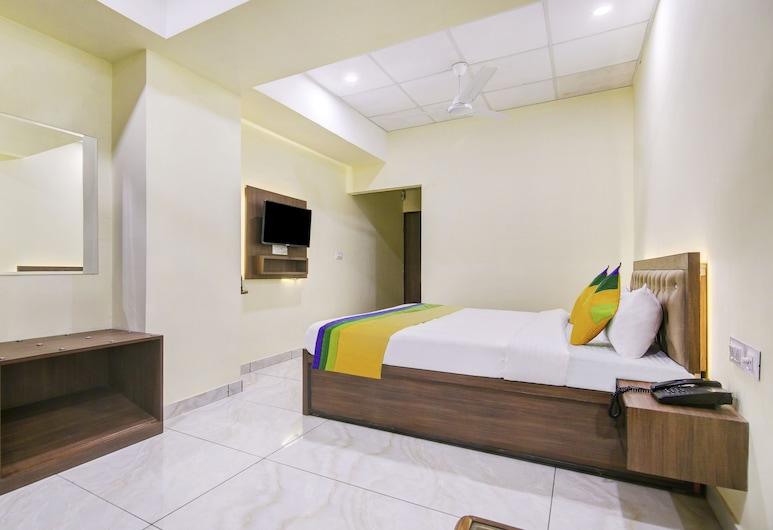 Treebo Trip Oasis Inn, Jalandhar, Quarto Deluxe, Quarto