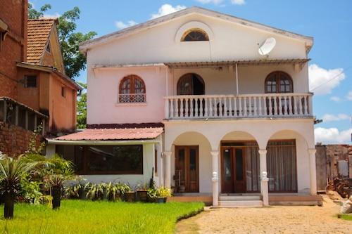法里馬達加斯加旅遊飯店/