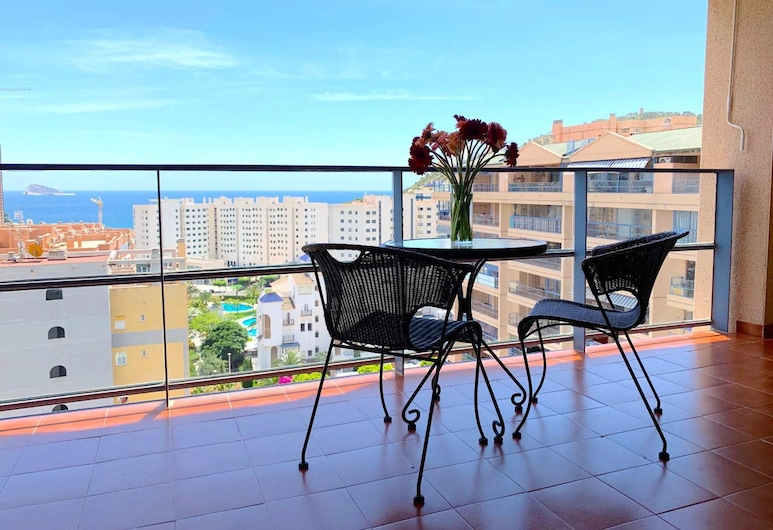 Apartment With one Bedroom in Benidorm, With Wonderful sea View, Shared Pool, Balcony, Villajoyosa, Terrace/Patio