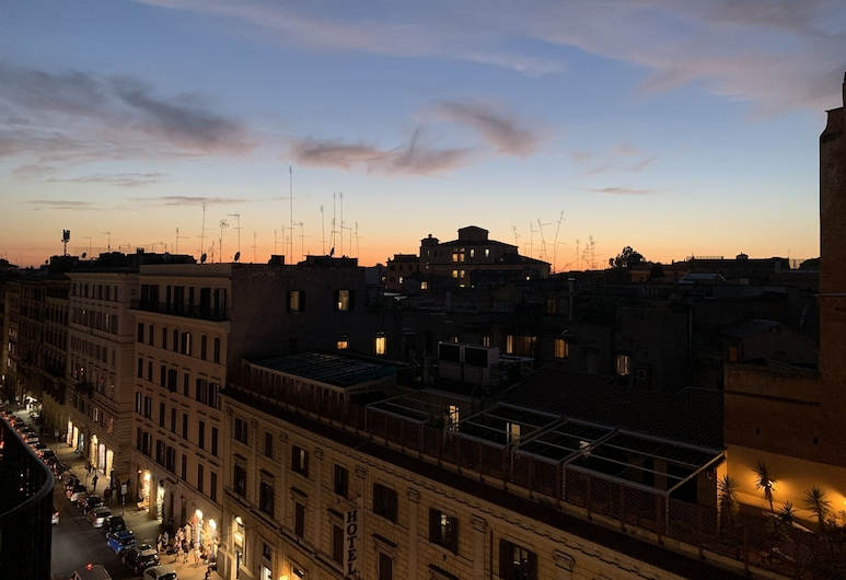 Cavour Urban Rooms, Roma, Fachada do Hotel