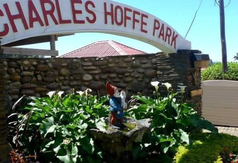 Charles Hoffe Park Holiday Resort, Scottburgh, Vista frontal de la propiedad