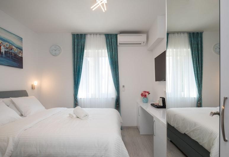 Luxury Studios & Rooms Seven, Split, Deluxe-Doppel- oder -Zweibettzimmer, Zimmer