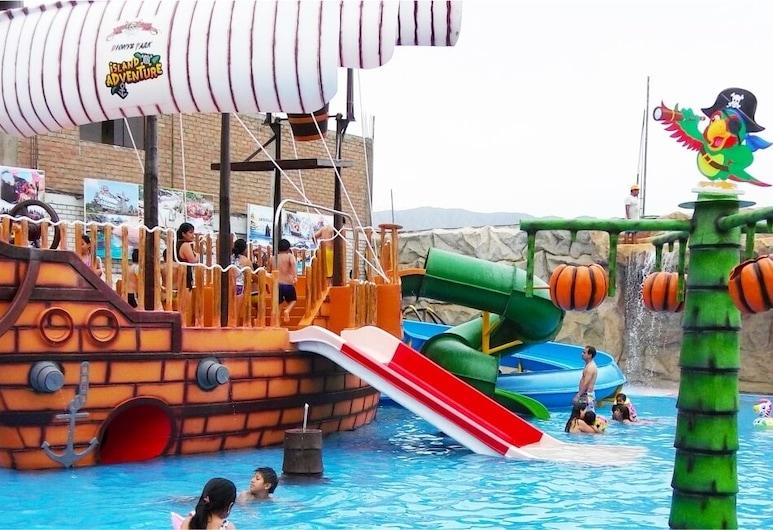 Club Dionys Hospedaje, Lima, Zona de juegos infantiles (exterior)