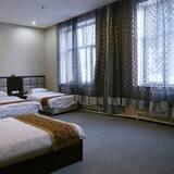 Deluxe Triple Room - Guest Room