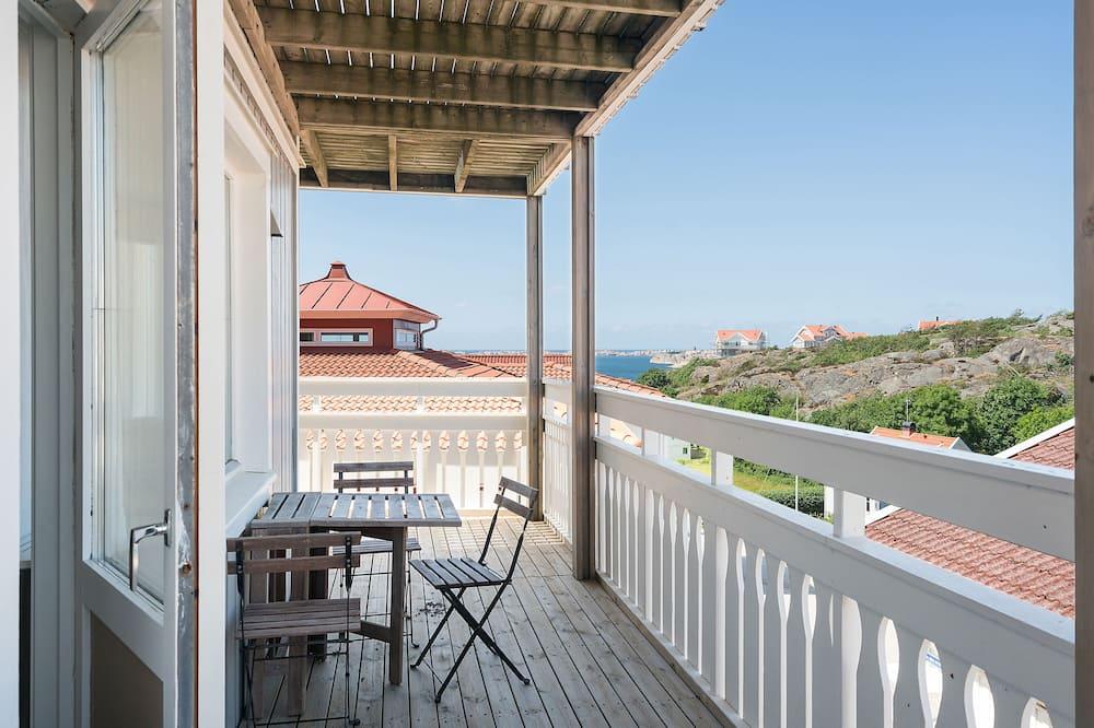 Apartmán, čiastočný výhľad na more, vedľajšia budova (Sheets and cleaning not included) - Balkón
