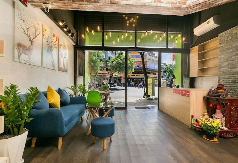 OYO 526 Hoang Dat Hotel, Ho Chi Minh City, Entrén inifrån