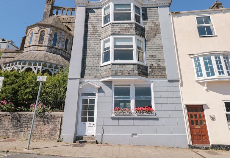 32 Newcomen Road, Dartmouth