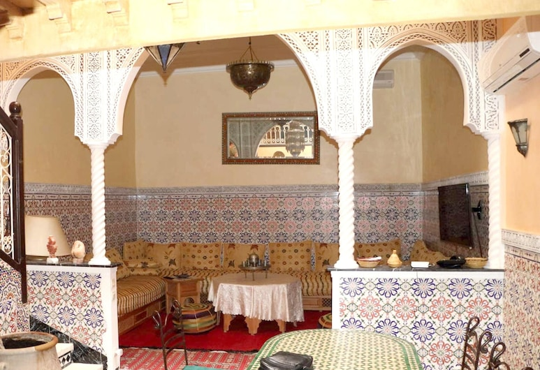 Property With 3 Bedrooms in Annakhil, Marrakech, With Wonderful City View, Shared Pool, Furnished Terrace - 80 km From the Slopes, Marrakech, Apartmán, výhľad na mesto, Izba