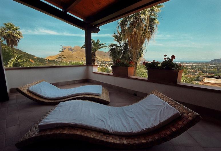 Al Colle Dei Principi, Palermo, Appartement, baignoire à jets, vue mer (Pirandello), Terrasse/Patio