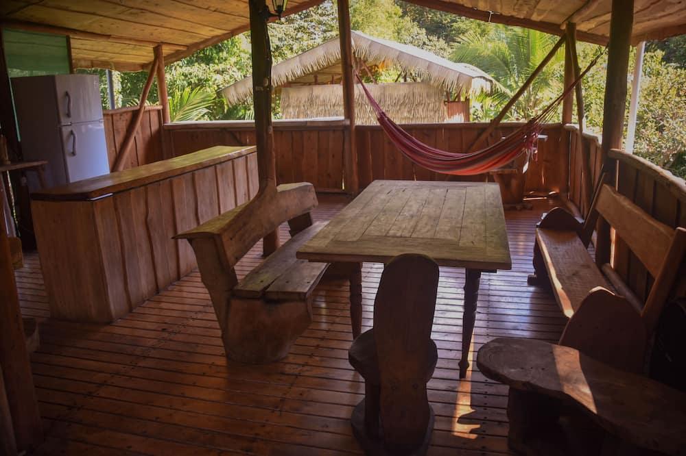 Будиночок категорії «Комфорт», 2 спальні, для некурців, кухня - Вітальня