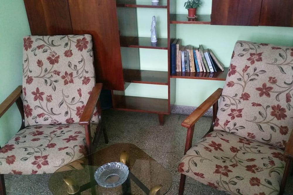Departamento estándar - Sala de estar