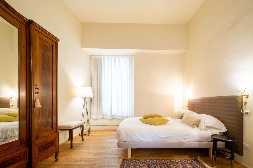 Deluxe Apartment, 3 Bedrooms - Room