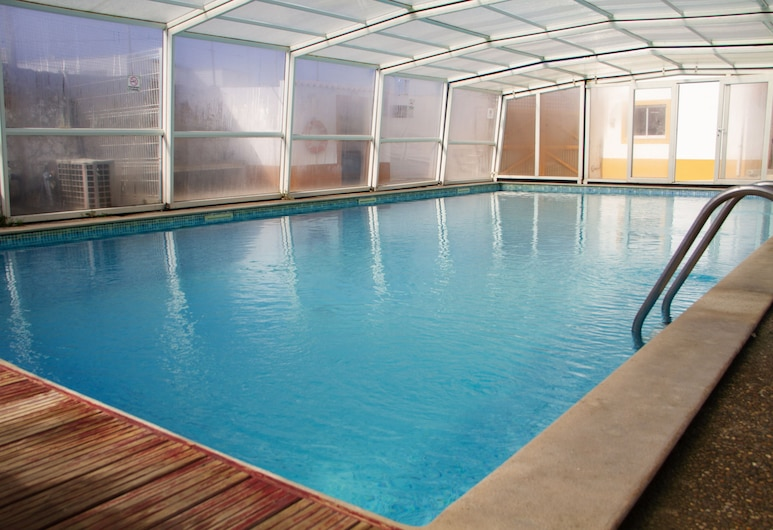PenichePraia - Bungalows, Camping & Spa, Peniche, Indoor/Outdoor Pool