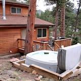 Chalet, Varias camas, bañera de hidromasaje, vista a la montaña - Imagen destacada