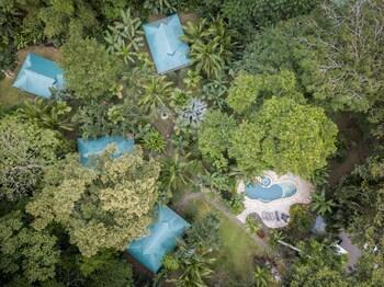 Foto di El Nido Pool & Garden Lodge a Puerto Viejo de Talamanca