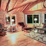 Cabin, Multiple Beds, Hot Tub, Mountain View - Living Room
