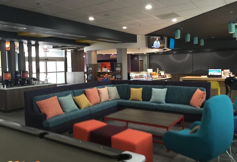 Tru by Hilton Katy Houston West, Katy, Καθιστικό στο λόμπι