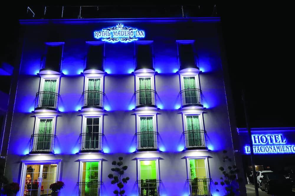 Royal Madero Inn