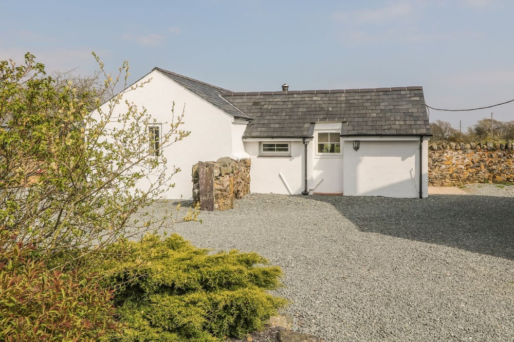 Rhos Y Foel Cottage
