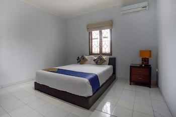 Foto van SPOT ON 1792 Roemah Nenekoe Guest House in Bandung