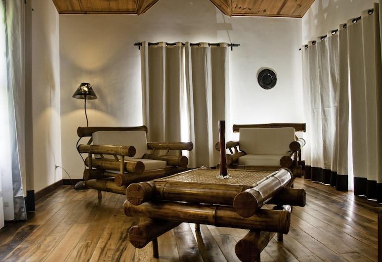Le Combava, Antananarivo, Suite, Sala de estar