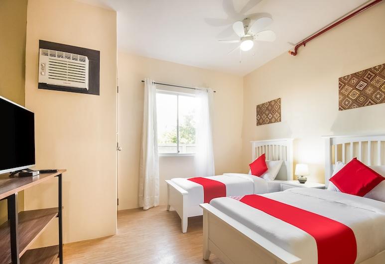 OYO 493 Bria Mactan, Lapu-Lapu, Superior Twin Room, Room