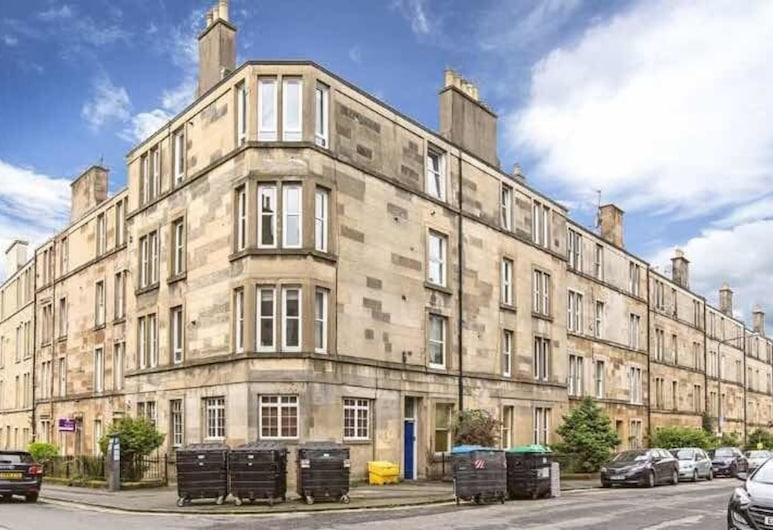 2 Bedroom City Apartment, Edinburgh