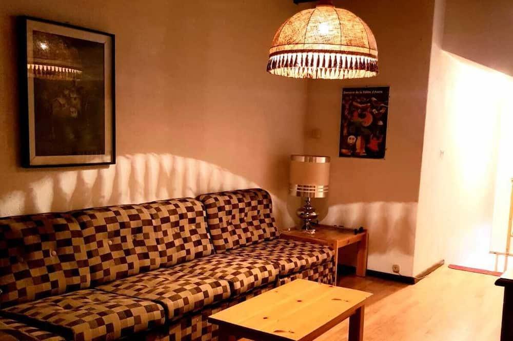 Apart Daire, 3 Yatak Odası, Dağ Manzaralı - Oturma Alanı